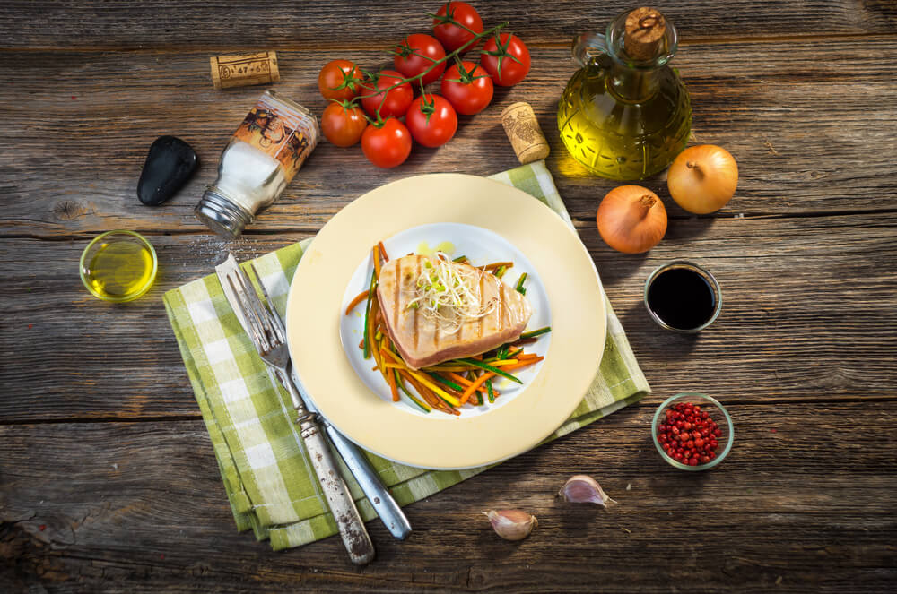 Grilled Spicy Albacore Tuna with Creamy Avocado Vinaigrette - The ...